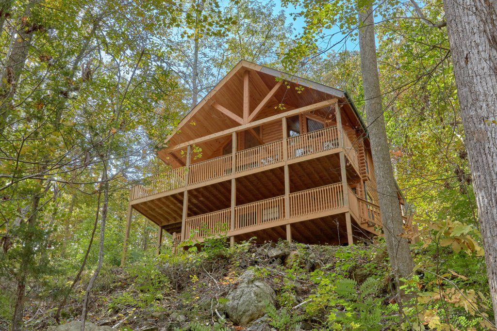 Photo of a Pigeon Forge Cabin named Tranquility Den - 210 - This is the twenty-seventh photo in the set.