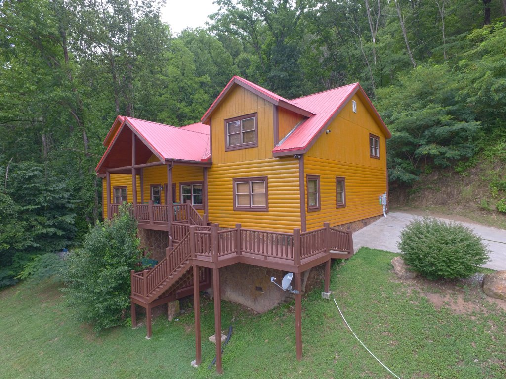 Photo of a Gatlinburg Cabin named Mystical Creek Pool Lodge #600 - This is the first photo in the set.