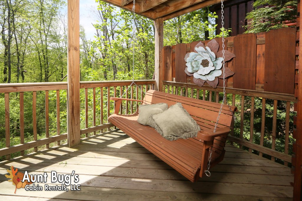 Photo of a Pigeon Forge Cabin named Smoky Mountain Getaway #435 - This is the ninth photo in the set.