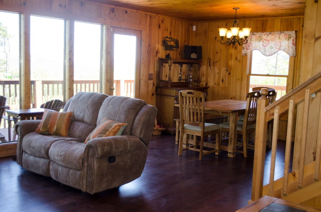 Photo of a Pigeon Forge Cabin named A Grand View From Above #225 - This is the eightieth photo in the set.