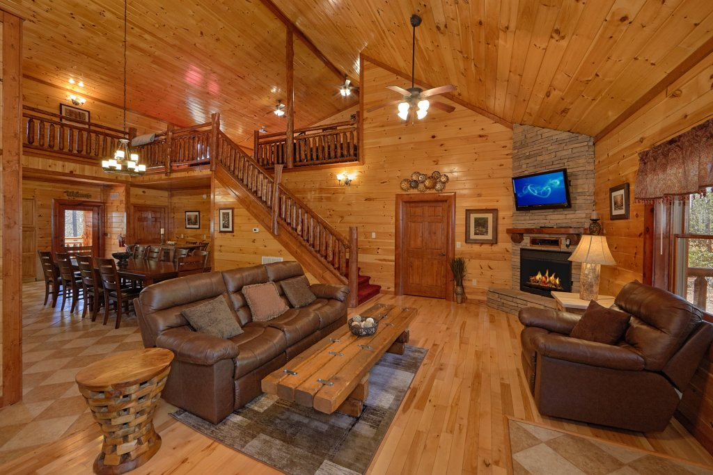 Photo of a Gatlinburg Cabin named Sweet Tranquility Pool Lodge - This is the ninth photo in the set.