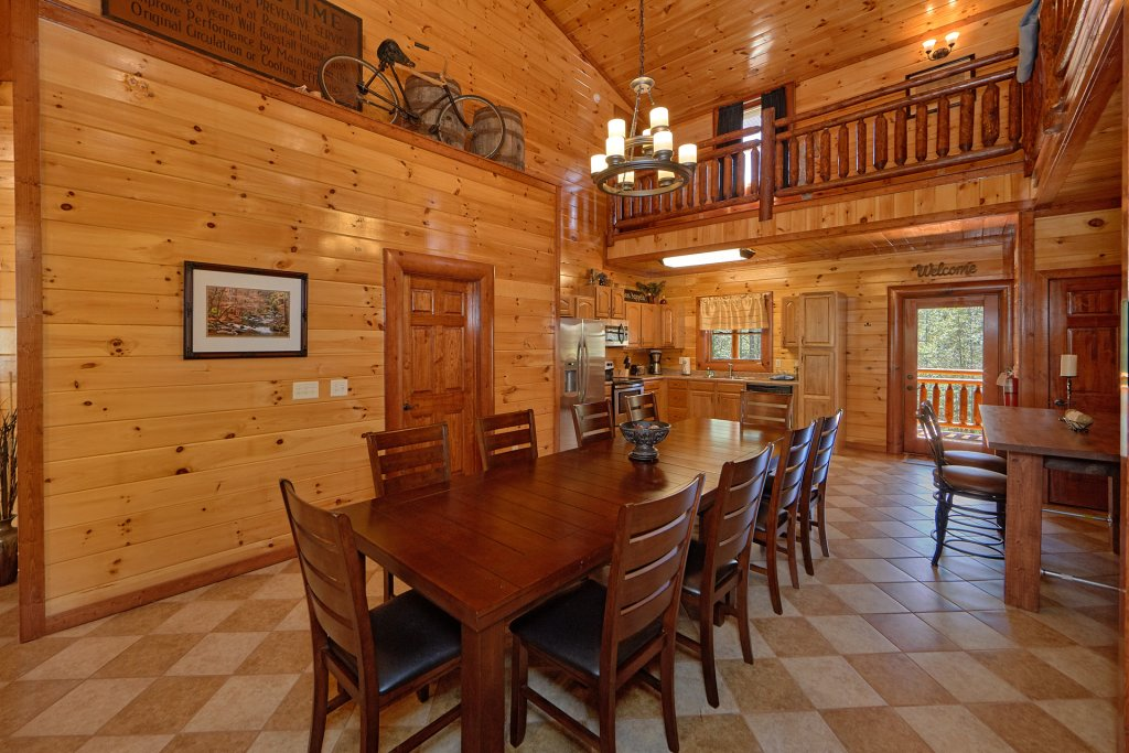 Photo of a Gatlinburg Cabin named Sweet Tranquility Pool Lodge - This is the twelfth photo in the set.