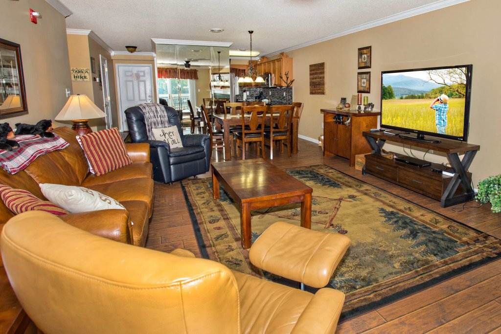 Photo of a Pigeon Forge Condo named Whispering Pines 552 - This is the first photo in the set.