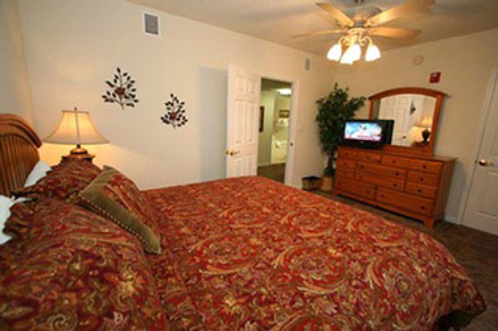Photo of a Pigeon Forge Condo named Whispering Pines 634 - This is the eleventh photo in the set.