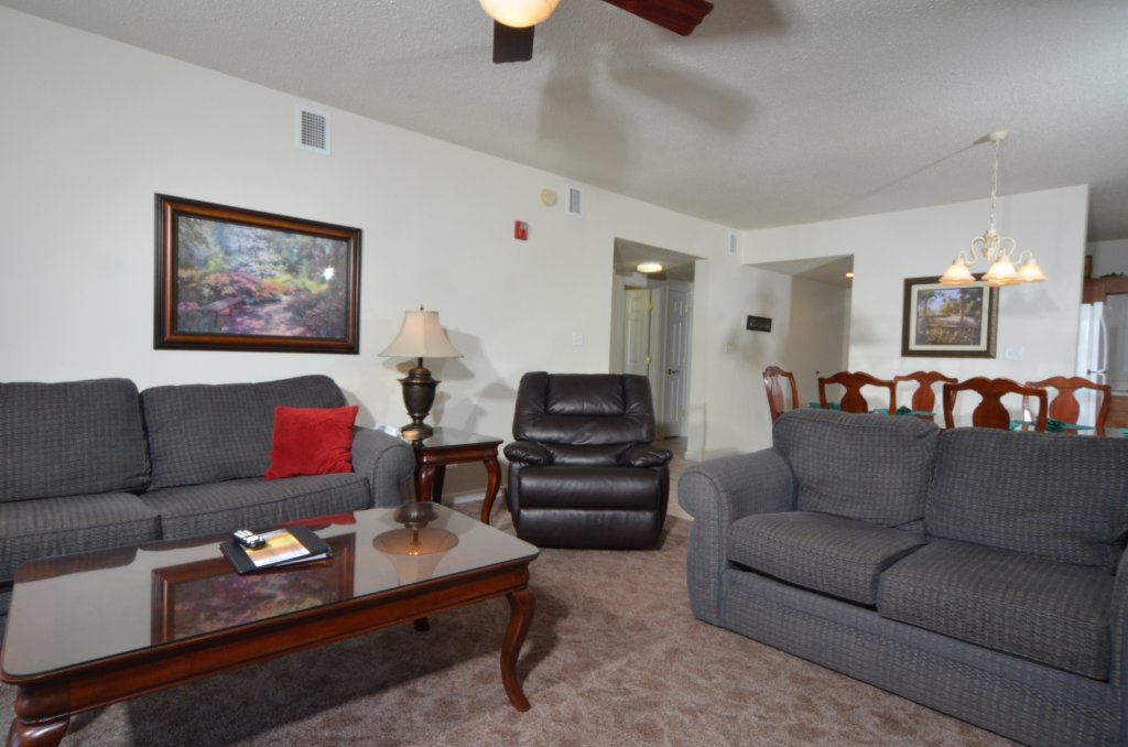 Photo of a Pigeon Forge Condo named Whispering Pines 621 - This is the second photo in the set.