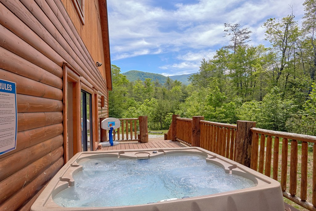 Photo of a Gatlinburg Cabin named Uwoduhi Pool Lodge - This is the fifth photo in the set.