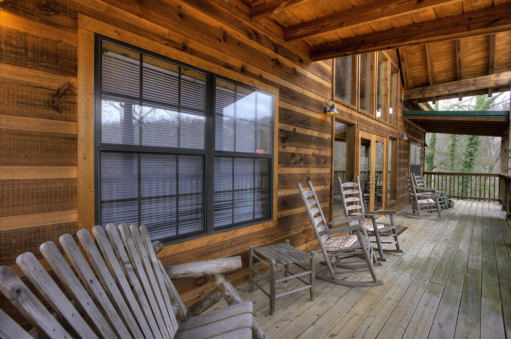 Photo of a Gatlinburg Cabin named Above It All  #446 - This is the twenty-third photo in the set.