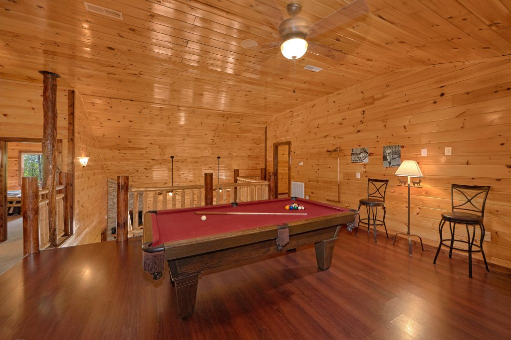Photo of a Gatlinburg Cabin named Uwoduhi Pool Lodge - This is the twelfth photo in the set.