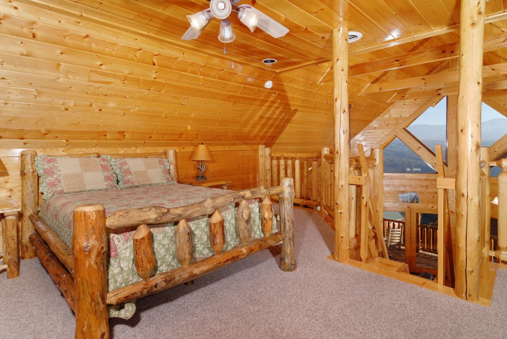 Photo of a Pigeon Forge Cabin named Tennessee Treasure #232 - This is the forty-sixth photo in the set.
