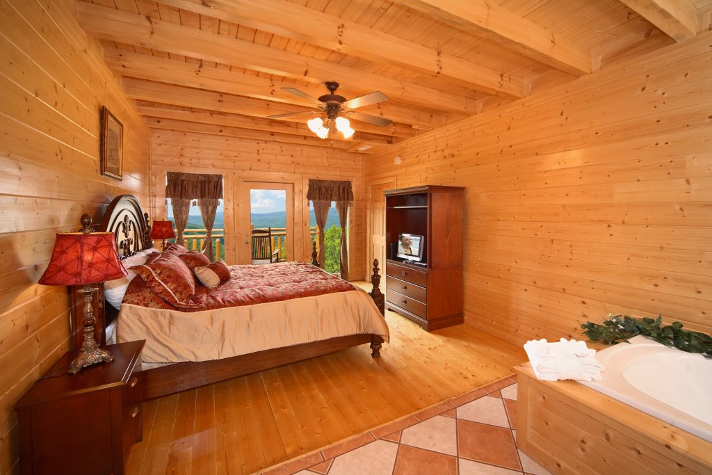 Photo of a Pigeon Forge Cabin named Home Theater Lodge - This is the nineteenth photo in the set.