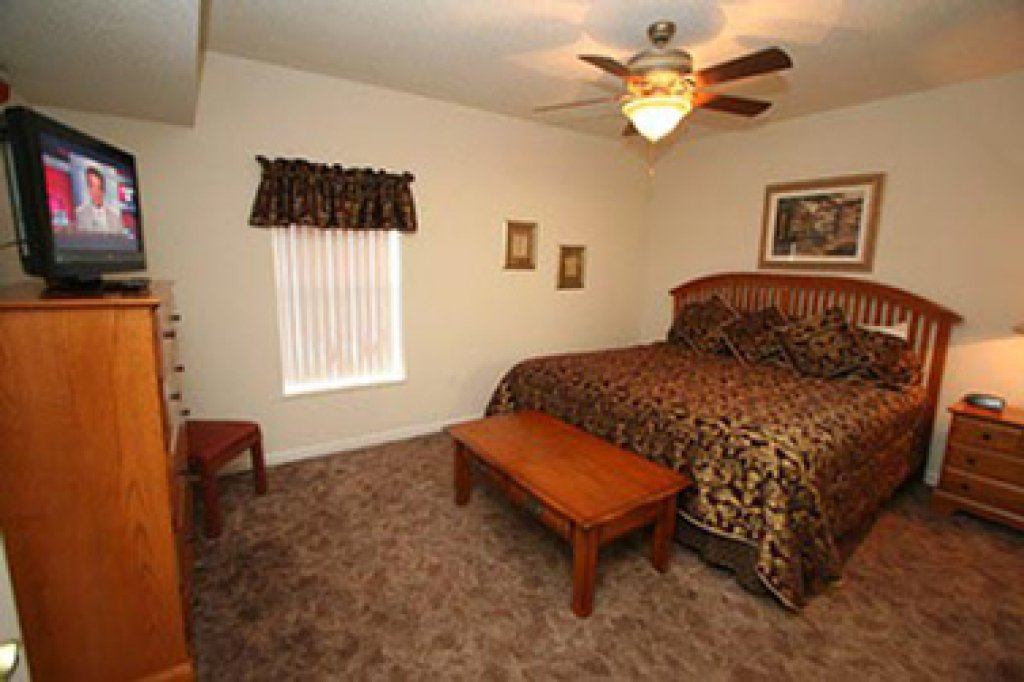 Photo of a Pigeon Forge Condo named Whispering Pines 634 - This is the twelfth photo in the set.