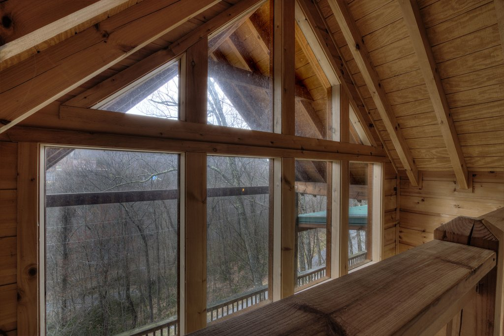 Photo of a Gatlinburg Cabin named Above It All  #446 - This is the thirty-first photo in the set.