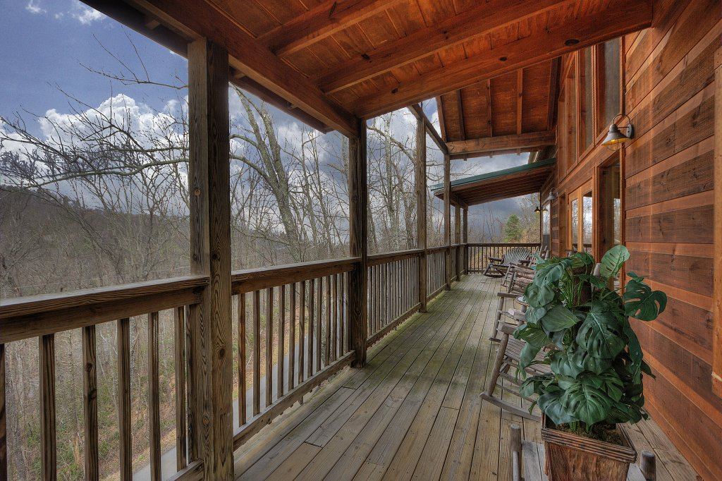 Photo of a Gatlinburg Cabin named Above It All  #446 - This is the seventeenth photo in the set.