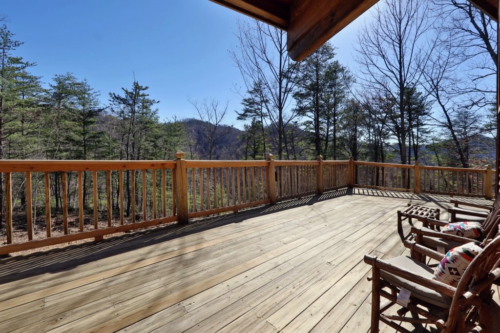 Photo of a Pigeon Forge Cabin named Haven Of Rest - This is the fourth photo in the set.