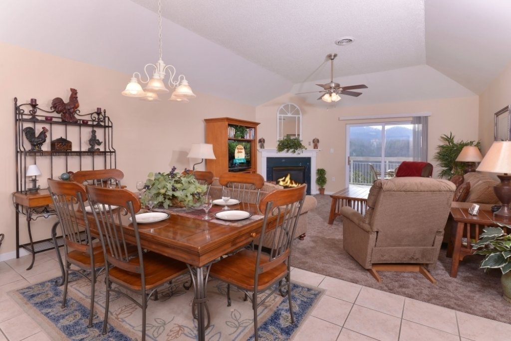 Photo of a Pigeon Forge Condo named Whispering Pines 653 - This is the second photo in the set.