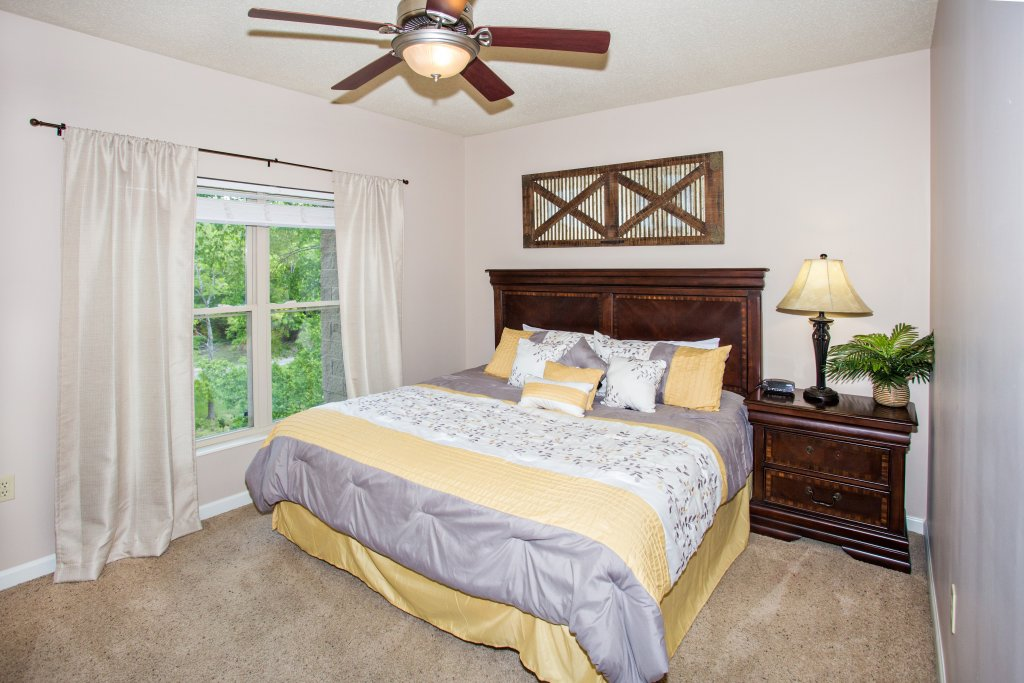Photo of a Pigeon Forge Condo named Cedar Lodge 301 - This is the twenty-second photo in the set.