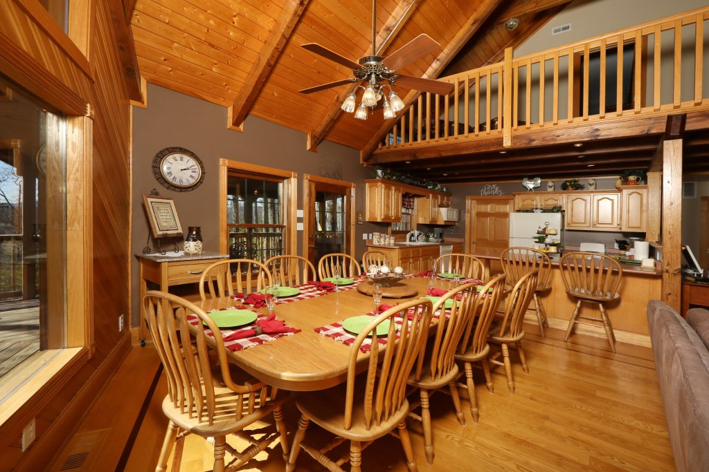 Photo of a Pigeon Forge Cabin named Haven Of Rest - This is the forty-second photo in the set.