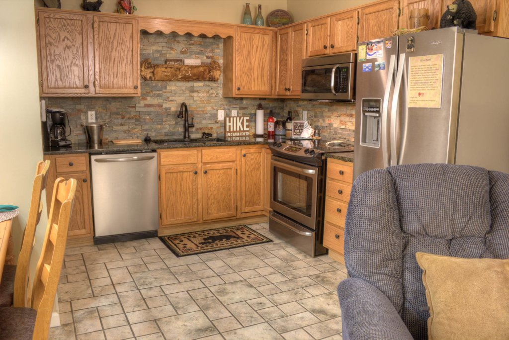 Photo of a Pigeon Forge Condo named Whispering Pines 341 - This is the twentieth photo in the set.