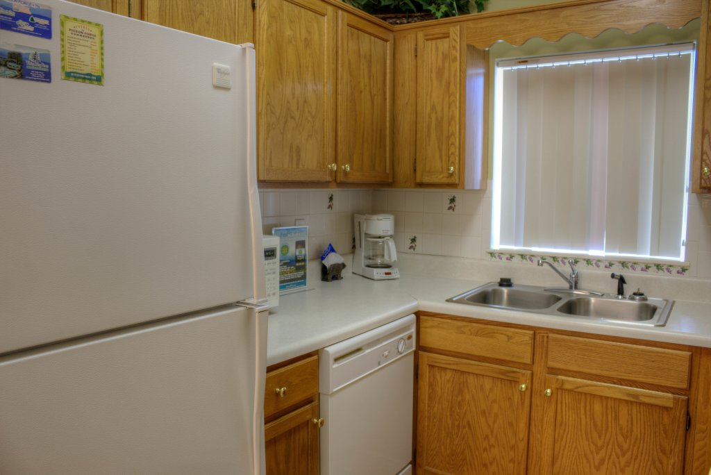 Photo of a Pigeon Forge Condo named Whispering Pines 334 - This is the twentieth photo in the set.