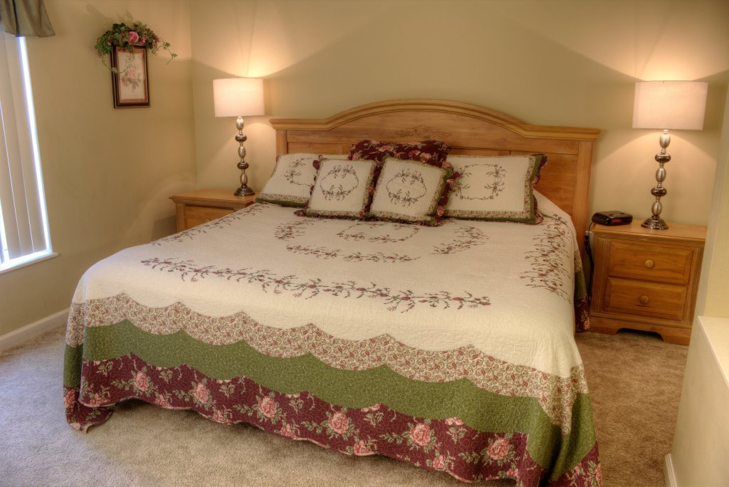 Photo of a Pigeon Forge Condo named Whispering Pines 334 - This is the twenty-second photo in the set.