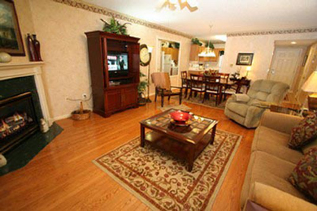Photo of a Pigeon Forge Condo named Whispering Pines 123 - This is the thirteenth photo in the set.