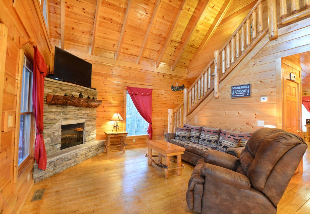 Photo of a Gatlinburg Cabin named Mountain Paradise #295 - This is the fifth photo in the set.