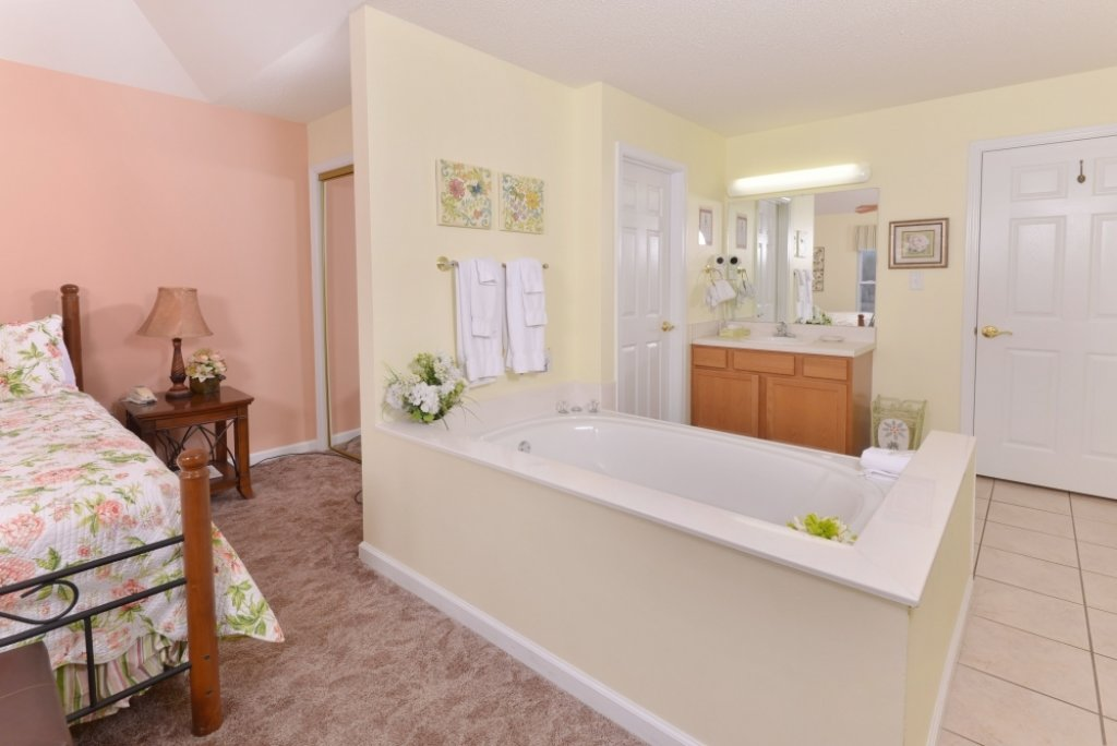 Photo of a Pigeon Forge Condo named Whispering Pines 653 - This is the sixth photo in the set.