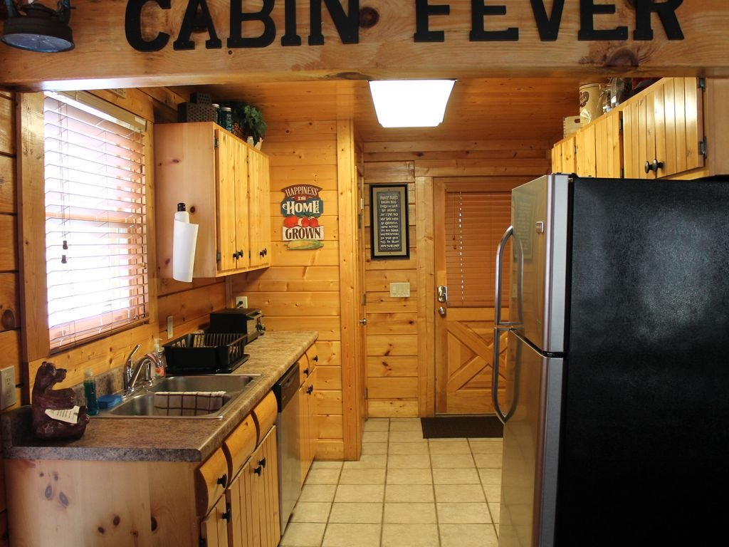 Photo of a Pigeon Forge Cabin named Creekside Dreams - This is the twentieth photo in the set.