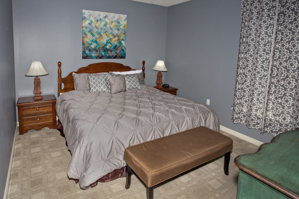 Photo of a Pigeon Forge Condo named Whispering Pines 223 - This is the nineteenth photo in the set.