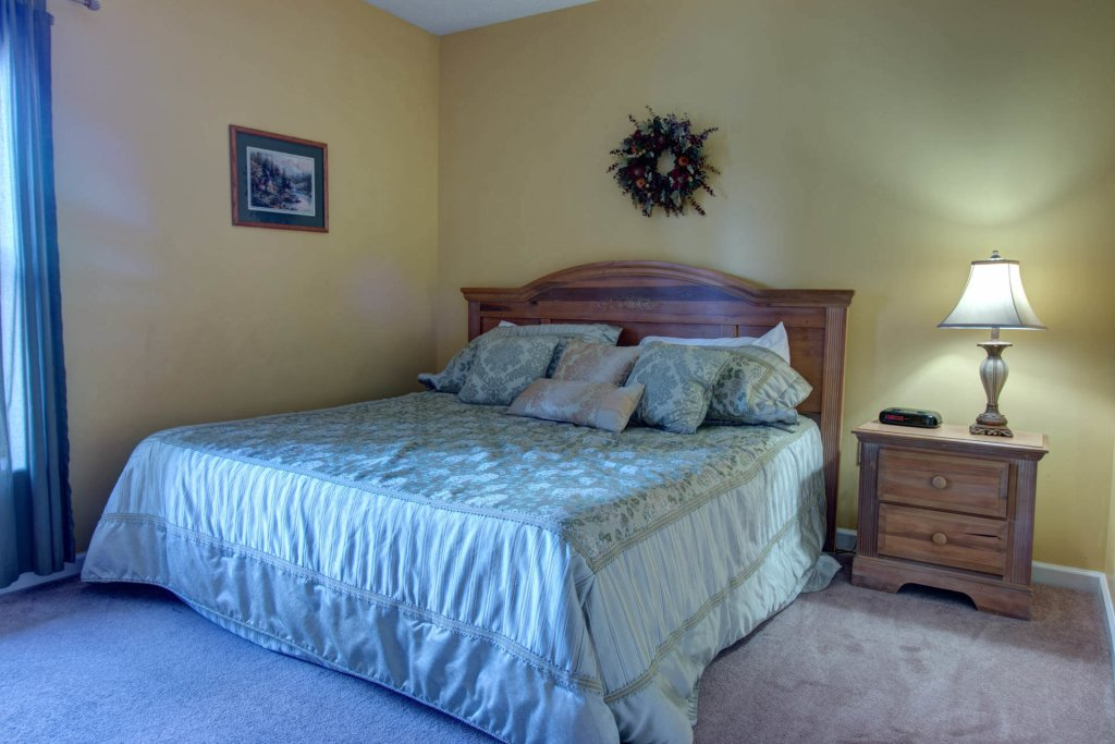 Photo of a Pigeon Forge Condo named Whispering Pines 333 - This is the nineteenth photo in the set.