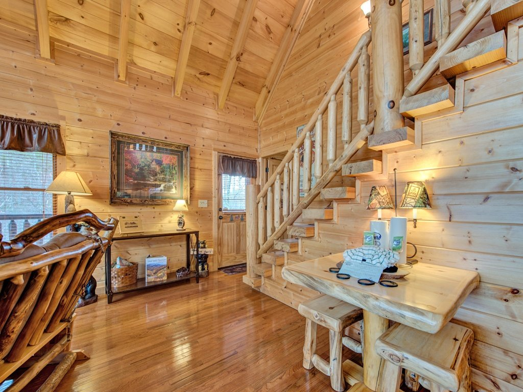 Photo of a Sevierville Cabin named Majestic Sunset Lodge - This is the tenth photo in the set.