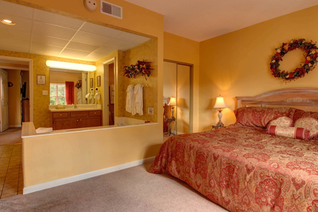 Photo of a Pigeon Forge Condo named Whispering Pines 333 - This is the twenty-fifth photo in the set.