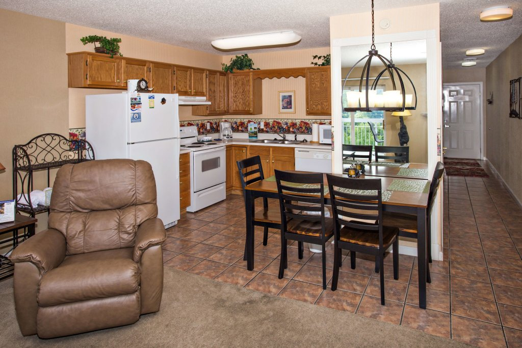 Photo of a Pigeon Forge Condo named Whispering Pines 451 - This is the fourteenth photo in the set.