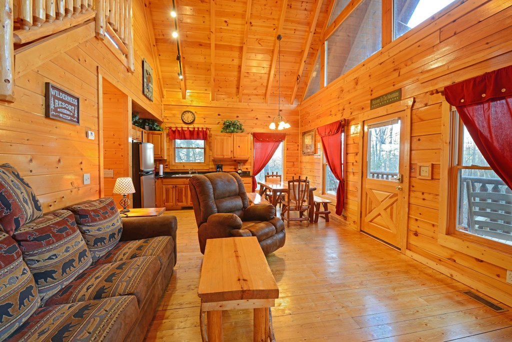 Photo of a Gatlinburg Cabin named Mountain Paradise #295 - This is the eighth photo in the set.