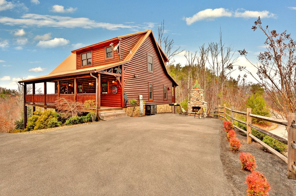 Photo of a Sevierville Cabin named Majestic Sunset Lodge - This is the seventeenth photo in the set.