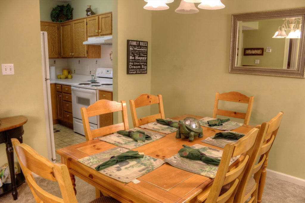 Photo of a Pigeon Forge Condo named Whispering Pines 334 - This is the eighteenth photo in the set.