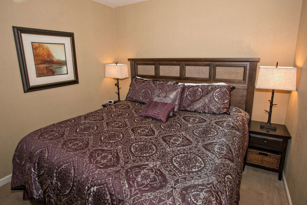 Photo of a Pigeon Forge Condo named Whispering Pines 451 - This is the twentieth photo in the set.