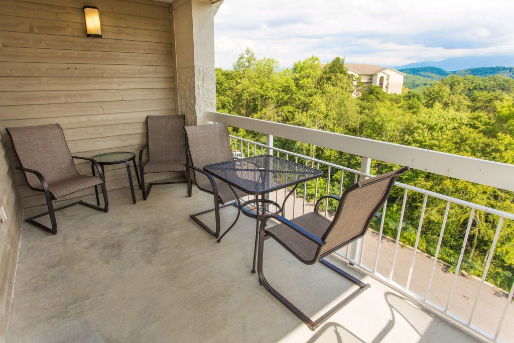 Photo of a Pigeon Forge Condo named Whispering Pines 451 - This is the twenty-first photo in the set.