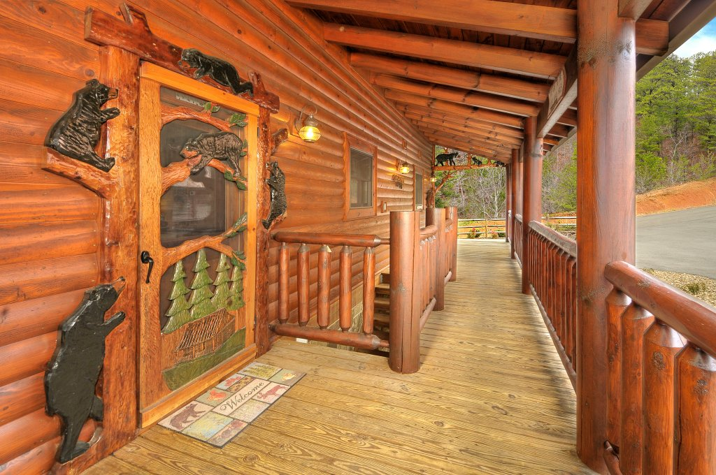Photo of a Sevierville Cabin named Majestic Sunset Lodge - This is the twelfth photo in the set.