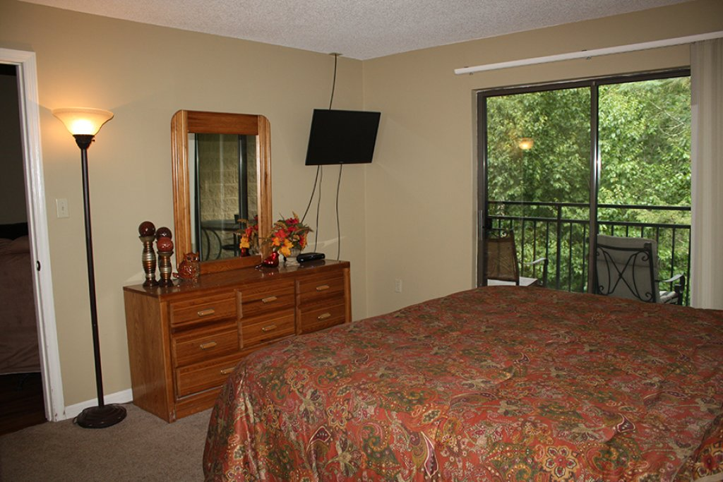 Photo of a Gatlinburg Condo named Level Four, Great River View - 411 - This is the third photo in the set.