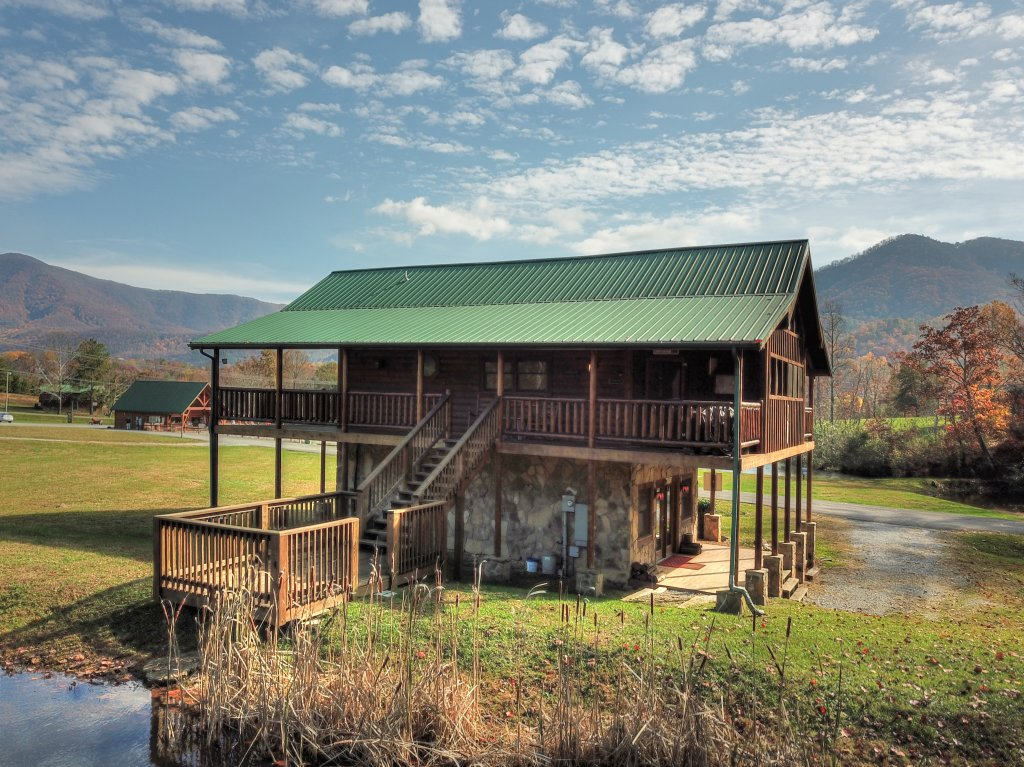 A fishing hole 156 cabin in sevierville w 1 br sleeps4 - 1 bedroom cabins in smoky mountains ...