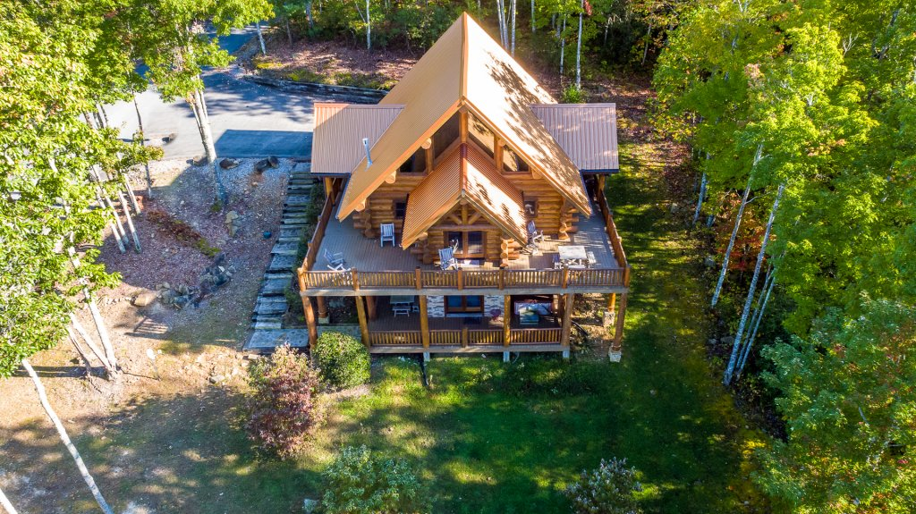 Photo of a Sevierville Cabin named A Cut Above #371 - This is the forty-second photo in the set.