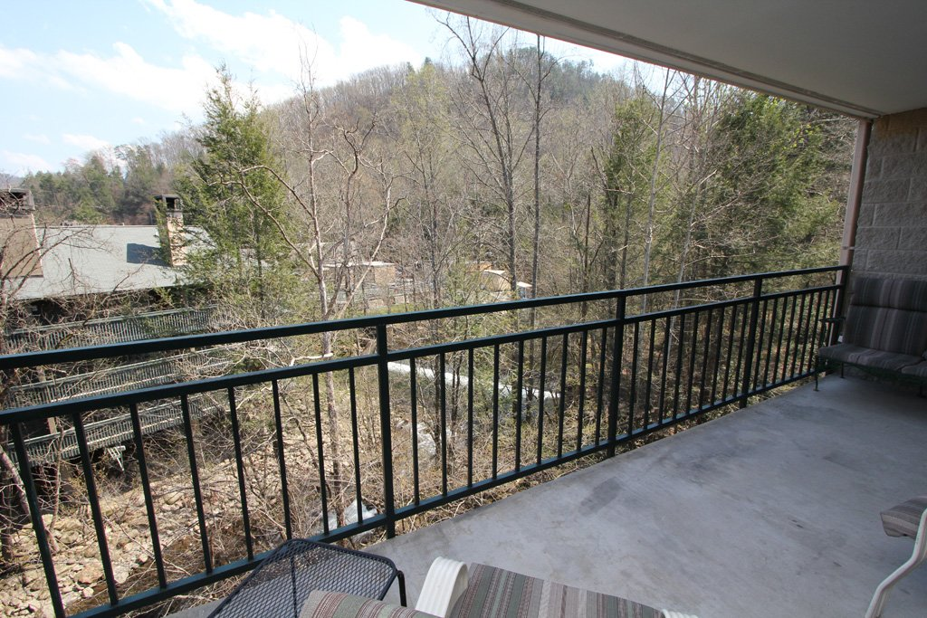 Photo of a Gatlinburg Condo named Level Four, Great River View - 405 - This is the fifteenth photo in the set.
