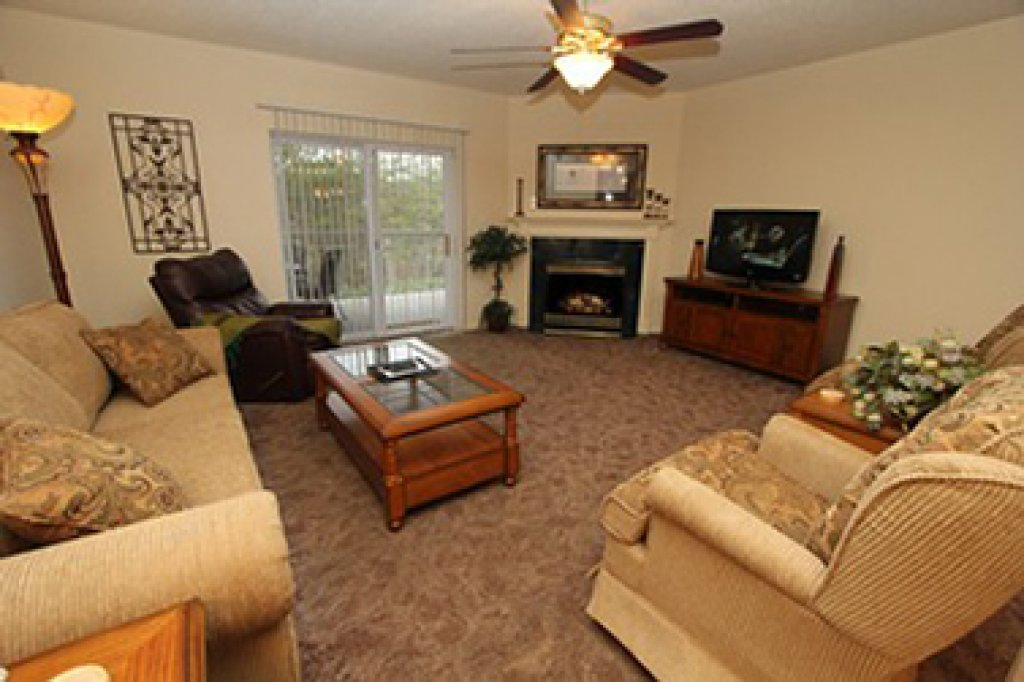 Photo of a Pigeon Forge Condo named Whispering Pines 614 - This is the first photo in the set.