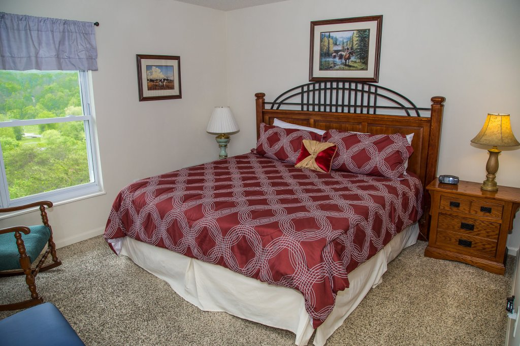 Photo of a Pigeon Forge Condo named Whispering Pines 554 - This is the thirteenth photo in the set.
