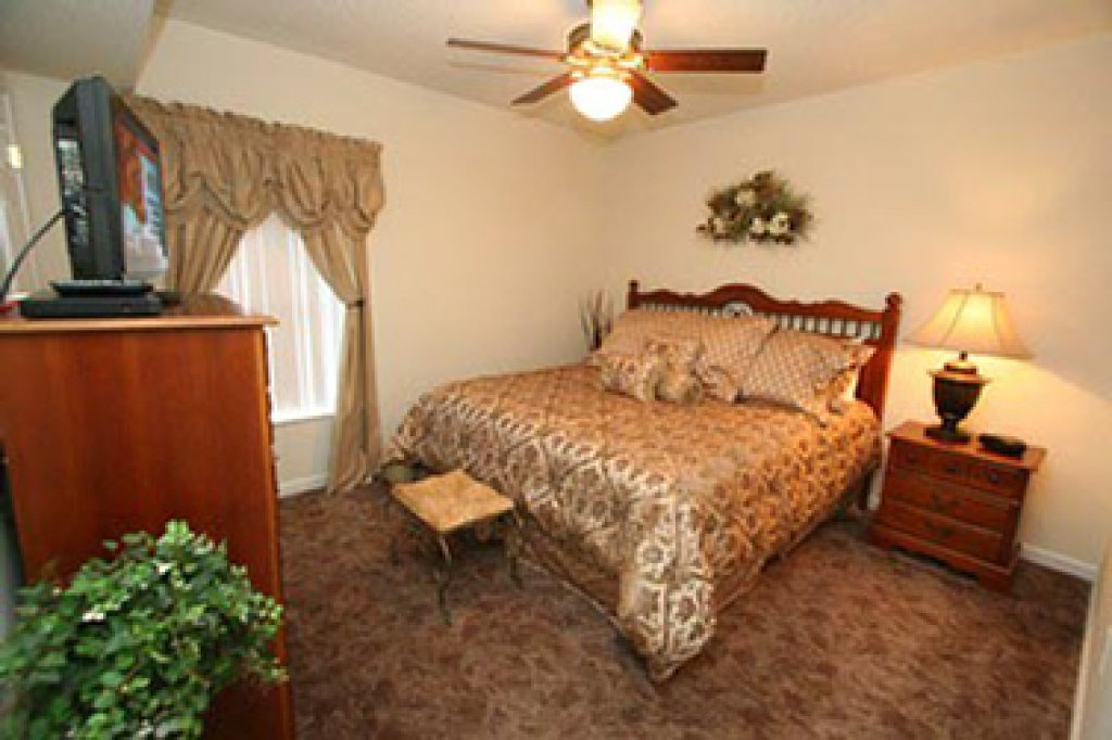 Photo of a Pigeon Forge Condo named Whispering Pines 622 - This is the eighth photo in the set.