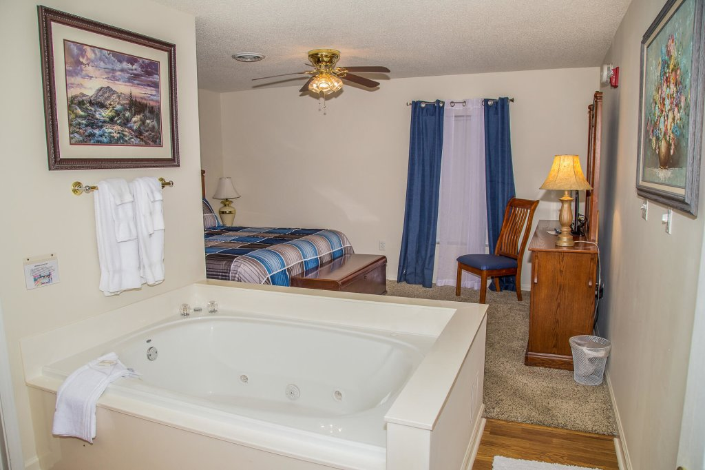 Photo of a Pigeon Forge Condo named Whispering Pines 554 - This is the eighth photo in the set.