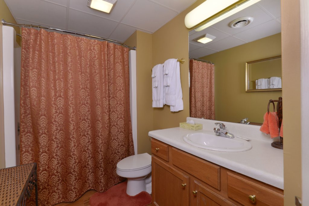 Photo of a Pigeon Forge Condo named Whispering Pines 331 - This is the twenty-second photo in the set.
