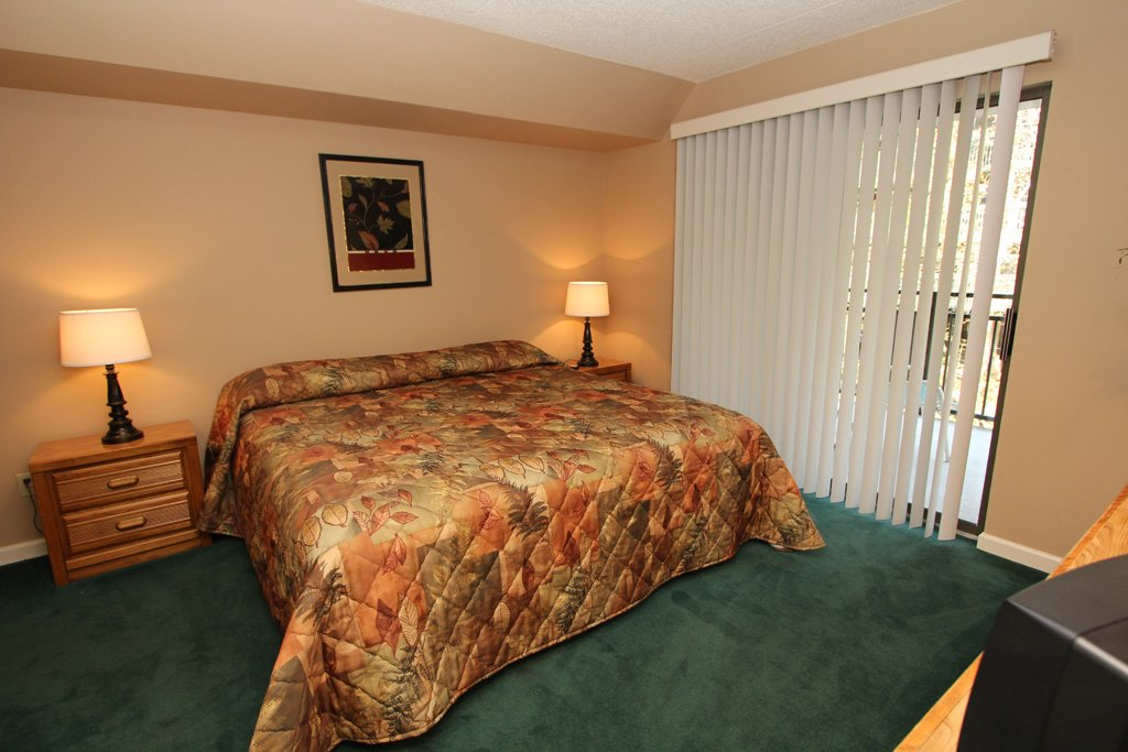 Photo of a Gatlinburg Condo named Level One, Great River View - 102 - This is the sixth photo in the set.