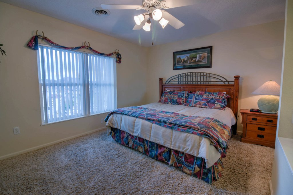 Photo of a Pigeon Forge Condo named Whispering Pines 253 - This is the twenty-eighth photo in the set.